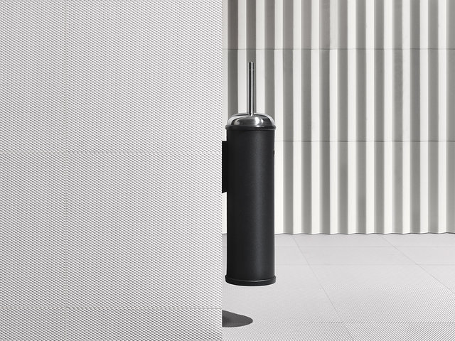 Vipp Toilet Brush : Vipp toilet brush by back to front page