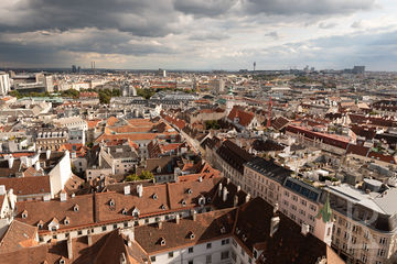 Leah-Ramuglia-Photography-a-skyline-view-of-vienna-austria-in-europe-2018.jpg