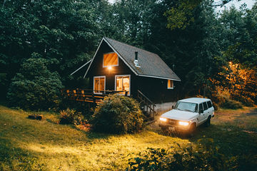 Cozy-South-Fork-Cabin-Washington-TheMandagies.jpg