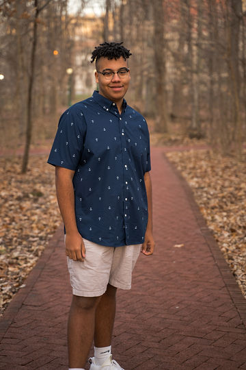 Landon_SeniorPhotos-2.jpg