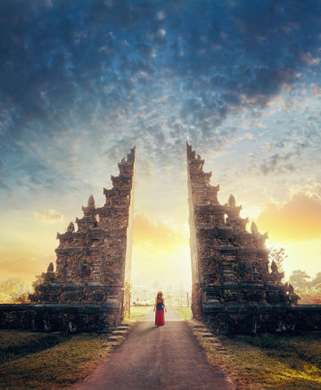 woman-in-dress-standing-in-front-of-hindu-temple-in-bali_no-tag.JPG