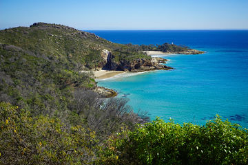 2017_Brisbane_MoretonIsland_HoneyMoonBay_NorthernSection_Aerial_KeiranLusk(47).jpg