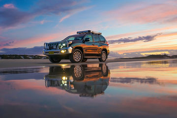 2017_Brisbane_MoretonIsland_NorthPoint_4WD_Sunset_Reflections_KeiranLusk(39).jpg