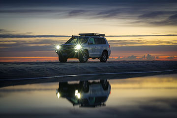 2017_Brisbane_MoretonIsland_NorthPoint_4WD_SunsetReflections_KeiranLusk(50).jpg